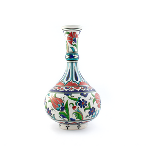 IZNIK TEAR DROP VASE - Captivating Illustrations