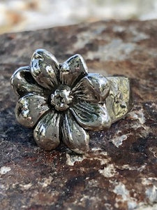Handcrafted Silver Flower Ring