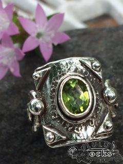 Handcrafted Peridox Silver Ring