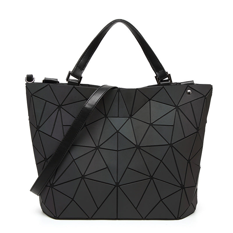 Cassis Flash Tote