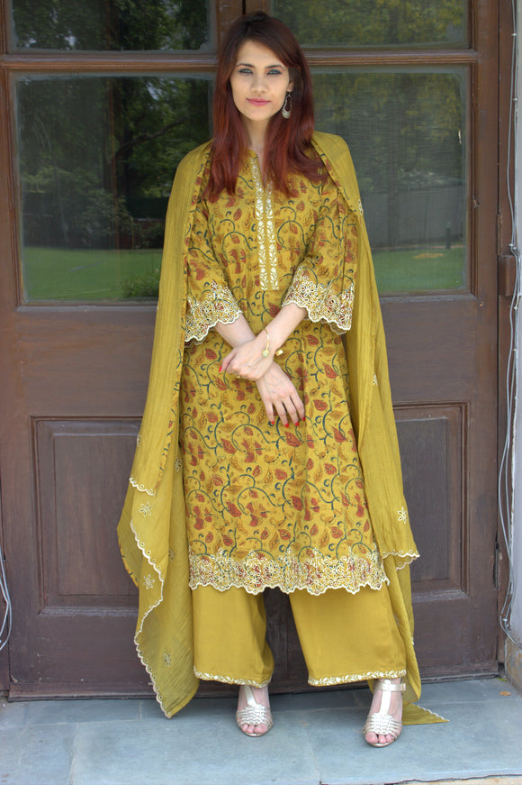 Yellow Kalamkari embroidered suit MAAHRU collection