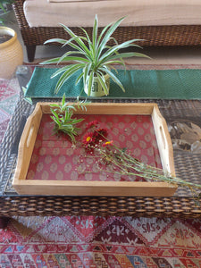 Resort tray