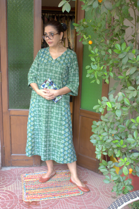 Basil Leaf Dabu Dress with pockets