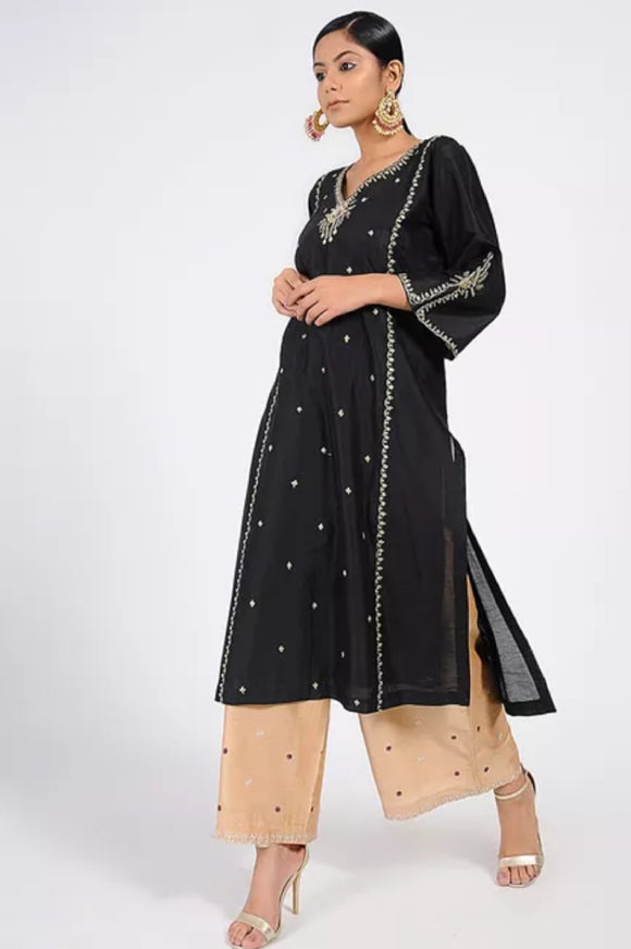 Black Tilla embroidered chanderi kurta