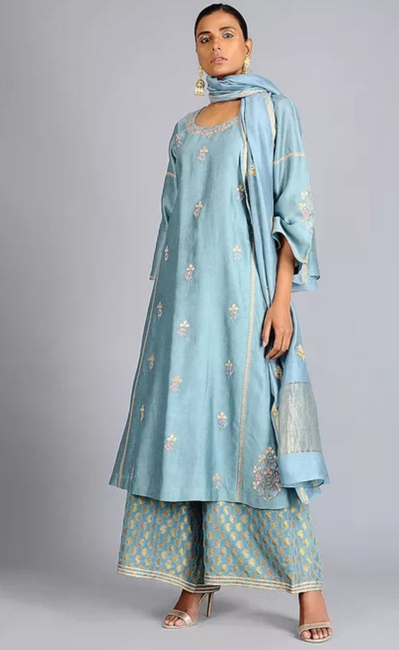 Blue Tilla Embroidered Chanderi Silk Kurta