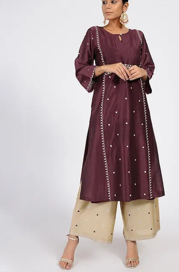 Maroon Tilla Embroidered Chanderi Kurta with Lining