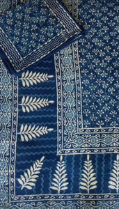 Indigo Land Bedcover with pillow covers