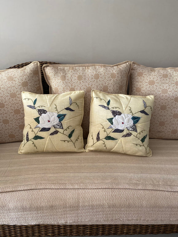 White rose cushion cover