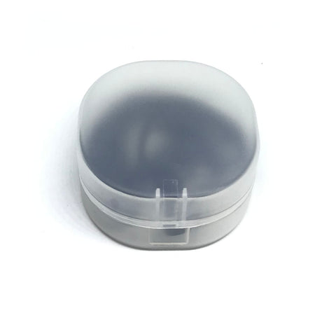 Image of Plastic Hard Shell Case For Earbuds With Microphones
