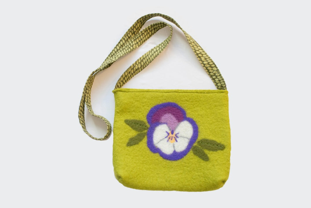 Pretty Pansy Purse