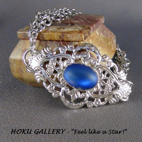 Filigree Chainmaille Bracelet  - Matt Tanzanite Blue Foil Glass Cabachon Oval - Hoku Gallery