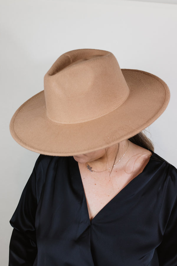 Light Camel Hat