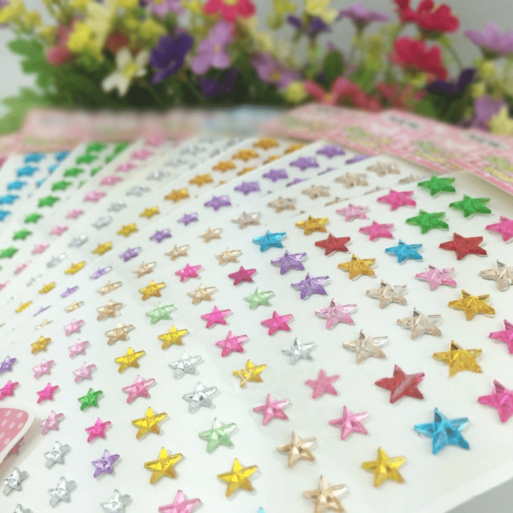 600 Pcs Self Adhesive Apple Green Diamond Rhinestone Star Shaped DIY Stickers