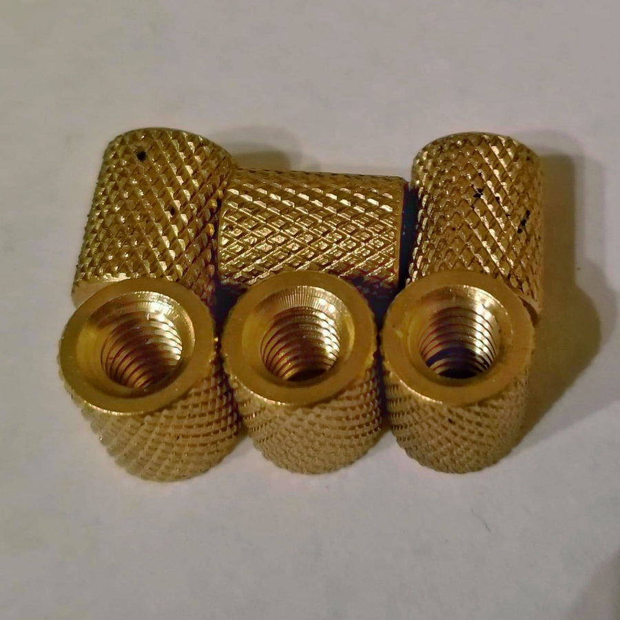 threaded brass fitting for decoy hardware