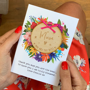 Vibrant Mothers Day Card and Token