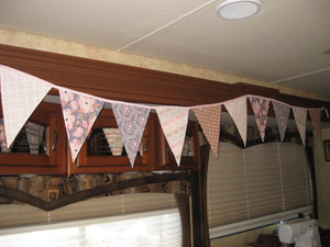 Triangle Pennant Flag Banner (Pink & Gray)