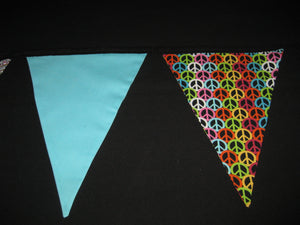 Triangle Pennant Flag Banner (Black Mexican Skulls)