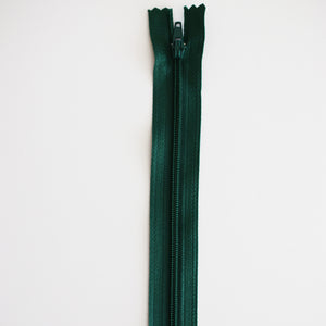 "ZIPS 7""/17.5 cm No. 3 Closed End Nylon Auto-Lock Dress Zips"