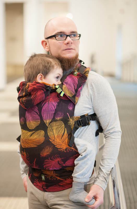 Lenny Lamb Baby Size Ergonomic Buckle Carrier