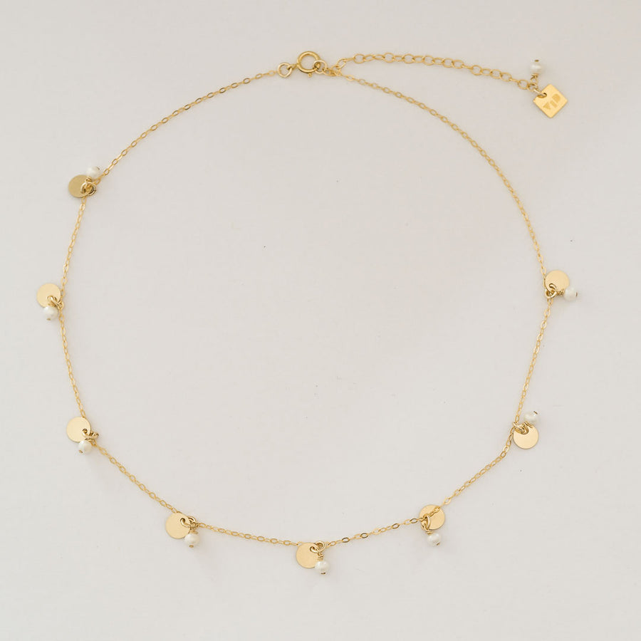 Charmed Phoebe Necklace gold and Pearl top view
