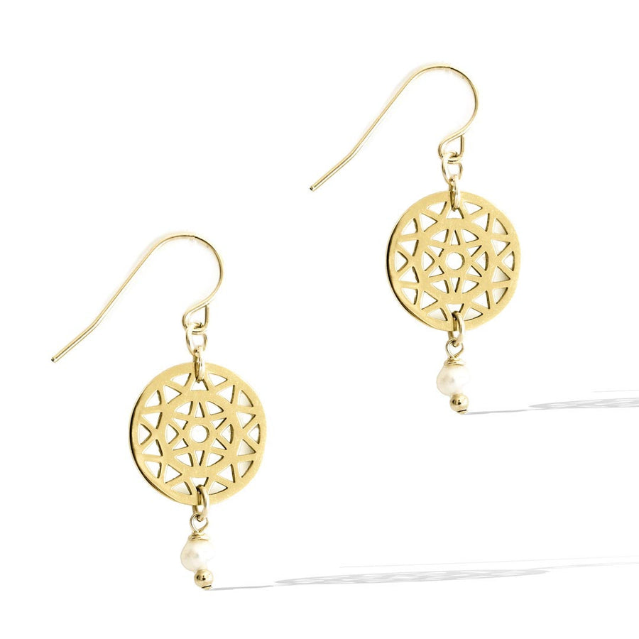 Dandelion drop Hook earrings gold and pearl