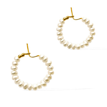 Heavenly Glow Earrings - Gold and Pearl