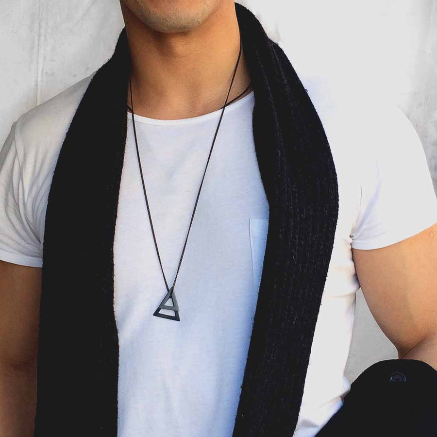 Male Model wearing sixdblack pendants