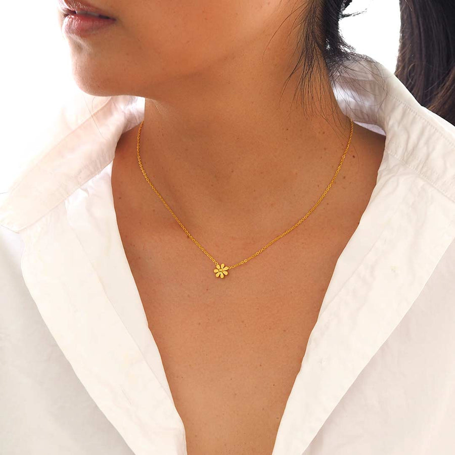 Model wearing Daisy Necklace - Gold