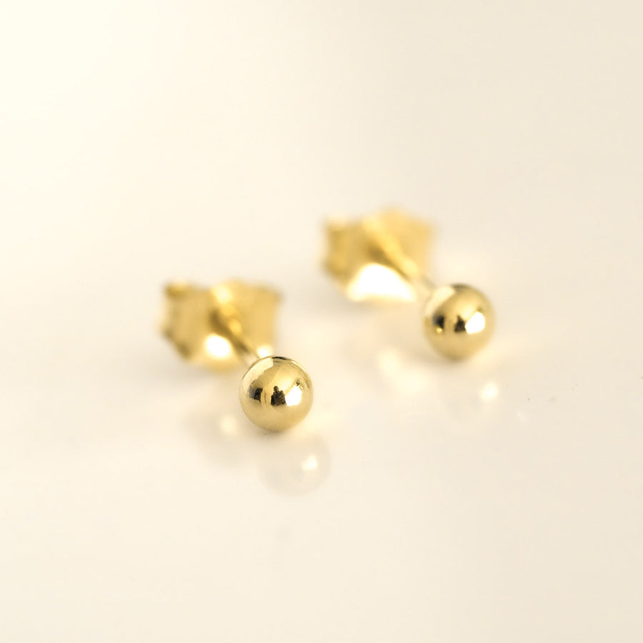 Perfect Dot Earrings 3mm Gold