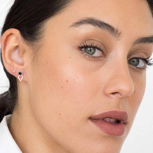 products/model_wearing_jaeger_earring_silver_black_spinel_b3a518db-6202-4fee-9aa3-aab149628a4f.jpg