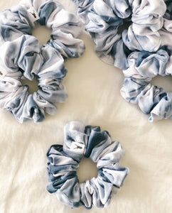 Wave Tie Dye Scrunchie