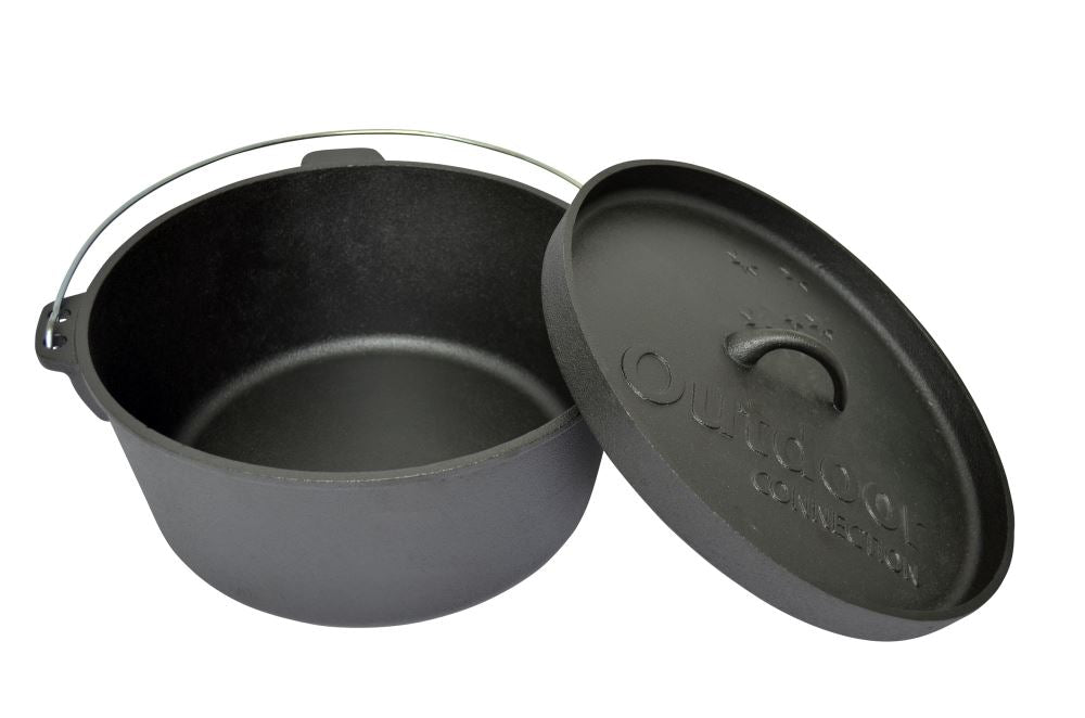 CI01-03_Cast_Iron_Camp_Oven_Single_Pic_Lid_Off_RLXHPK9VA3PF.jpg