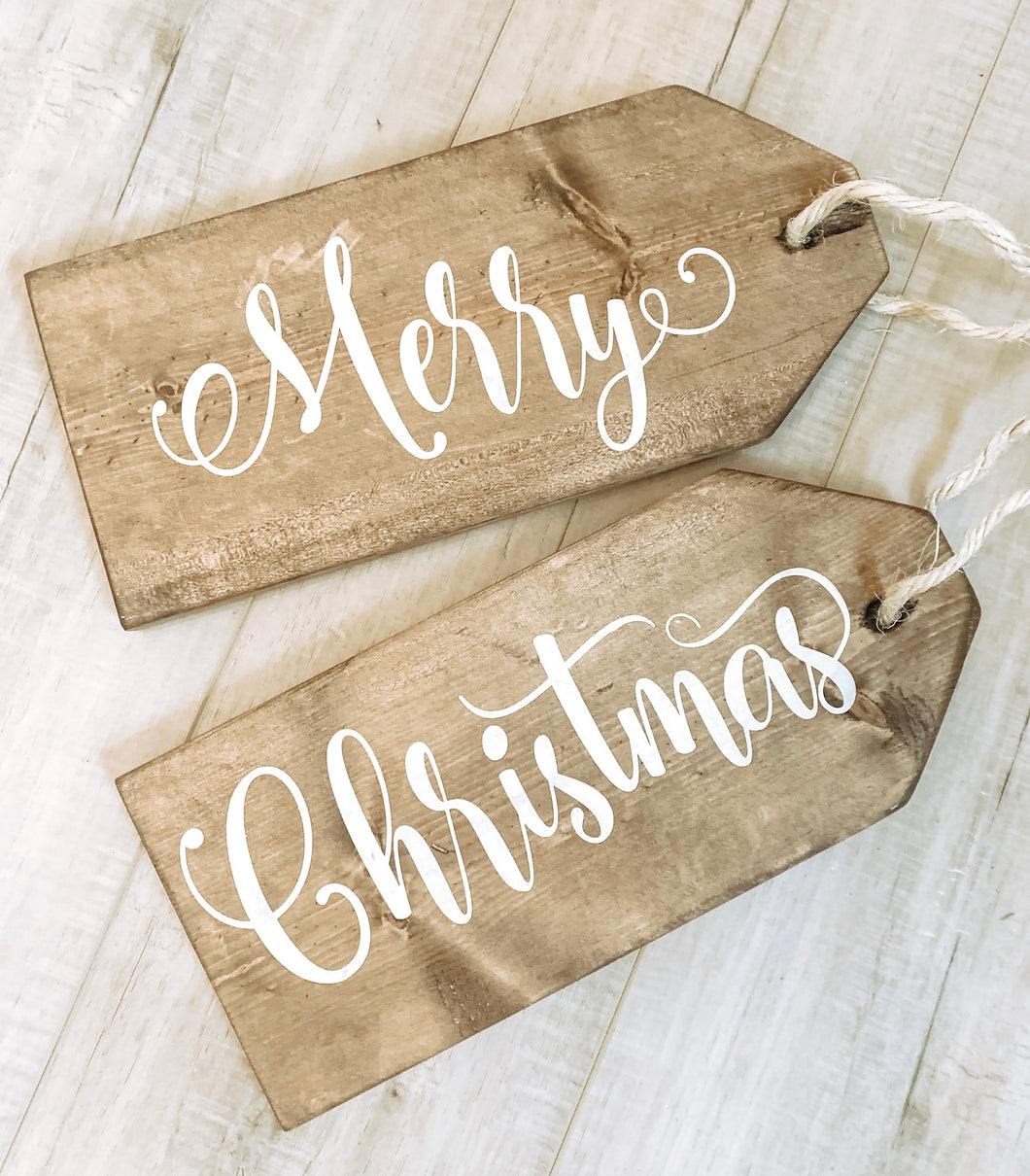 Door Tags- Merry Christmas (D028)