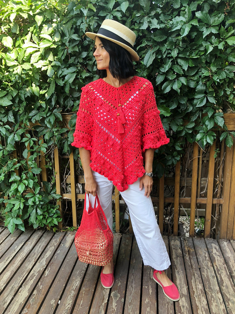The Crochet Poncho. Maison Corazon by Otros Vientos.
