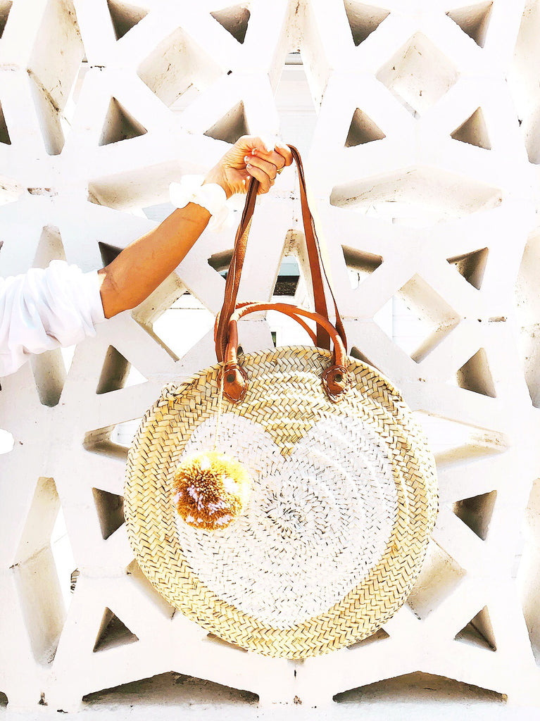 White Round  Straw Bag with handle and shoulder Leather Straps