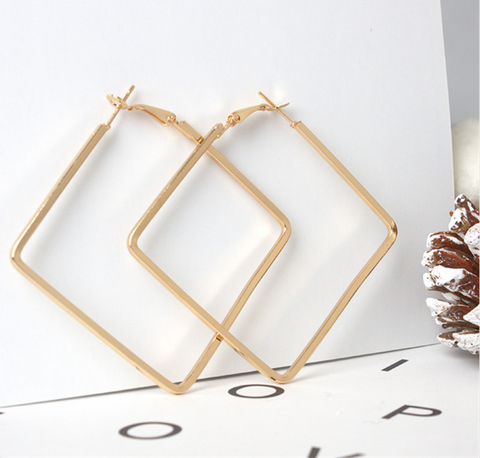 Girl Boss Earrings Gold