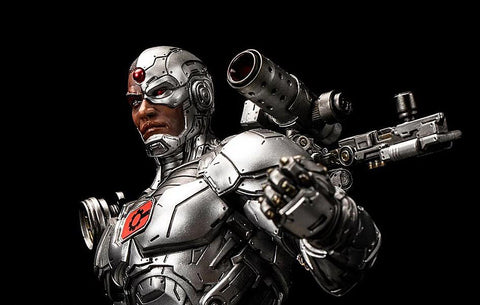 DC Premium Cyborg Statue Close-Up