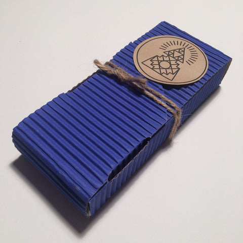 9 Piece Incense Incausa in a blue packet