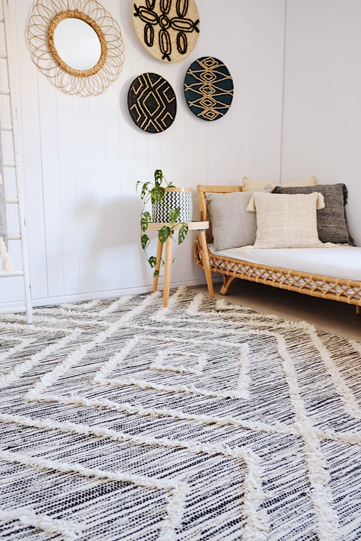 ZAYIN TRIBAL DIAMOND TEXTURE COTTON SHAG BEDROOM RUG 160X240cm - Lustere Living