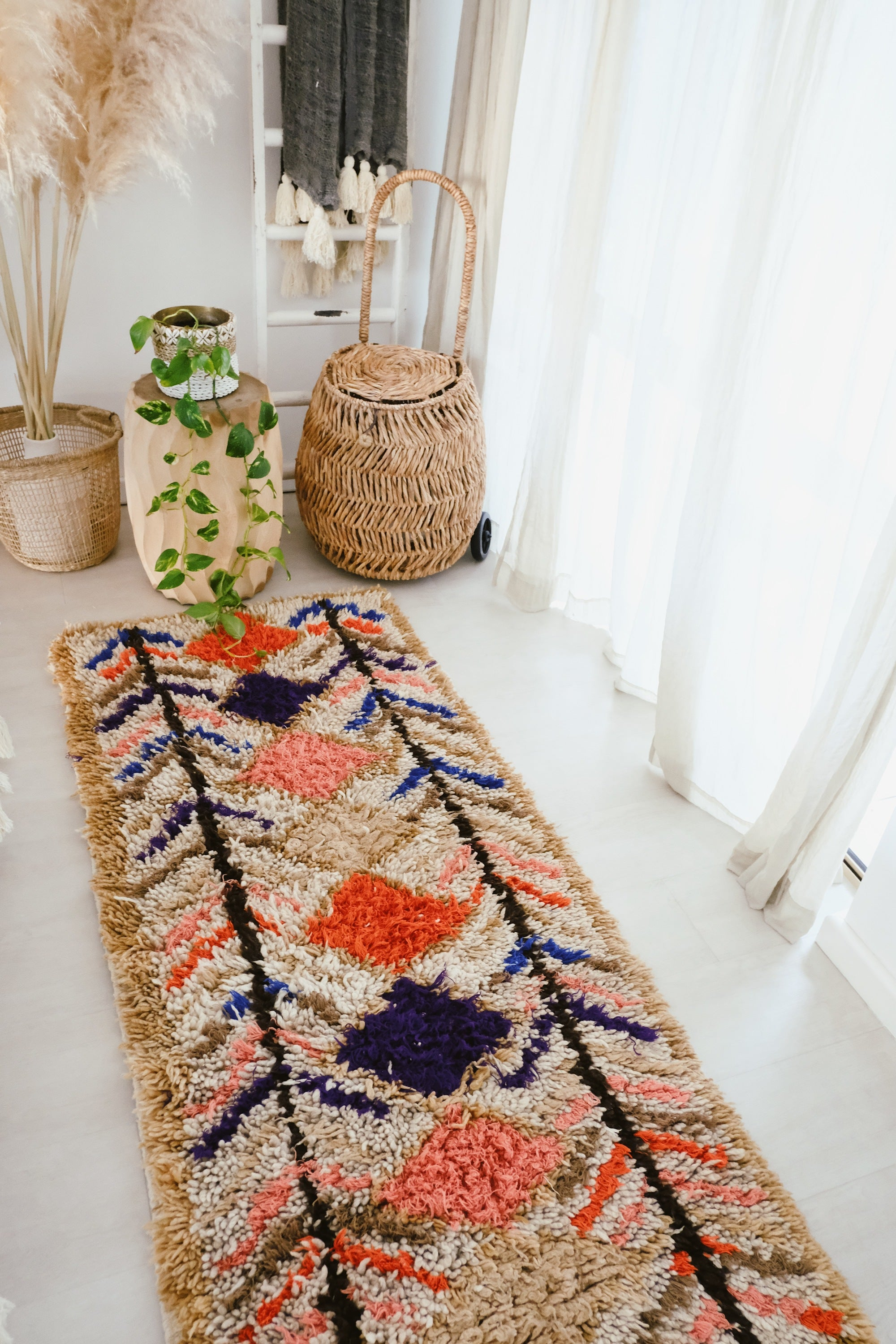 Alila Ivory Coral Vintage Moroccan Boujad Runner Rug 185x80cm - Lustere Living