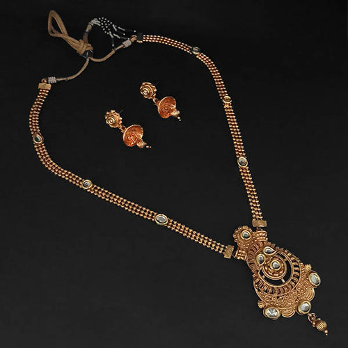 Tip Top Fashions White Kundan Necklace Set - 1109851B