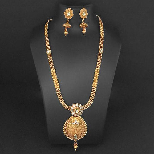 Tip Top Fashions Gold Plated Whte Kundan Necklace Set - 1109864B