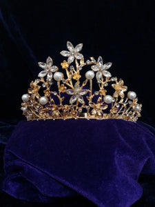 Tip Top Fashions Gold Plated Stone Crown - 1503615