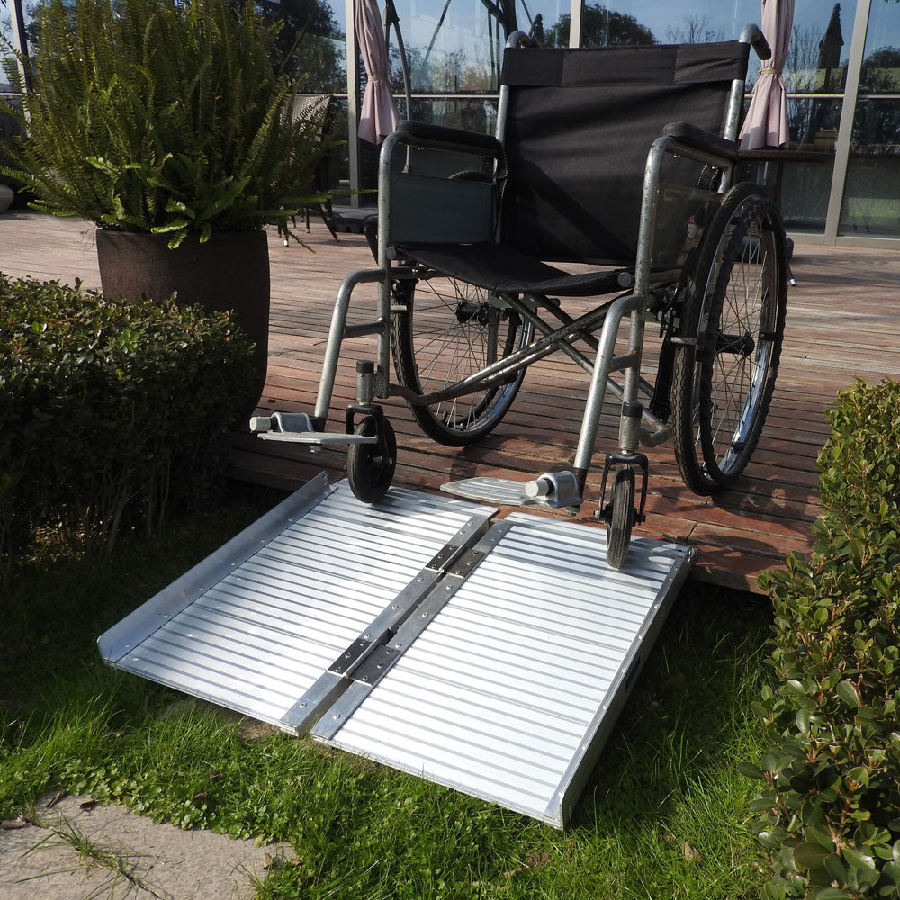 2 Ft Home Corridor Aluminum Alloy Folding Ramp Silver | 66257262