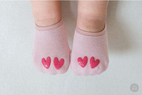 Pink Love Shoe Socks with Red Hearts for Baby and Toddler Girls 0-24M - Bonjour Bear