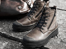 0420 Walter Cane Boots