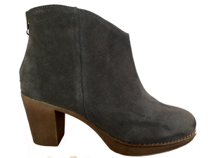 Frank Ladies 2100 Grey Suede Spanish Ankle Boots - elevate your sole