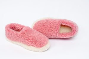 Yoko Full Unisex Pink Wool Slippers