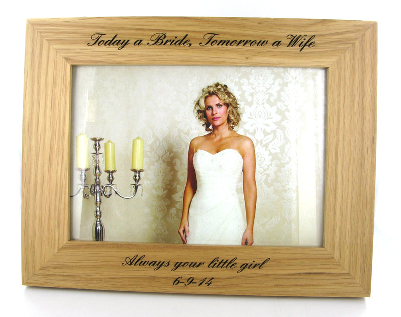 "New England Solid Oak Wood 7"" x 5"" Landscape Photo Frame by Hampton"