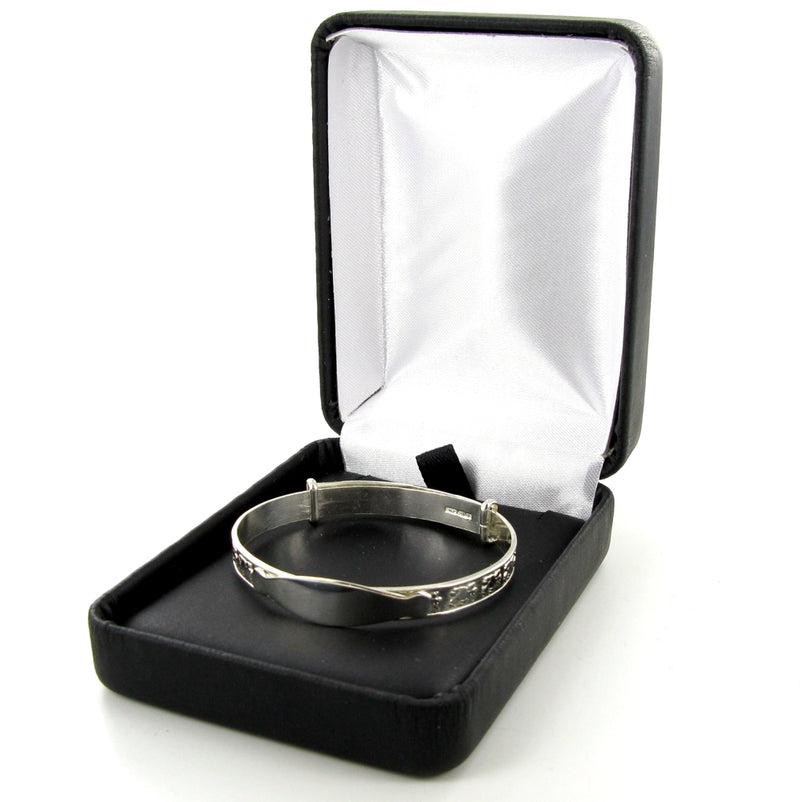 Plain Oval Identity Expanding Bangle with Presentation Box